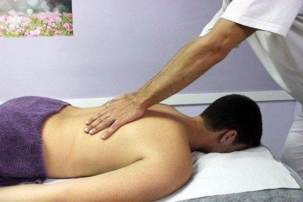 L'ostéopathie pour soigner le mal de dos